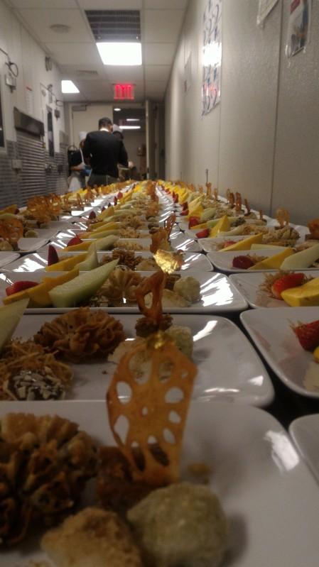 13-04 จานอาหาร Gala Dinner